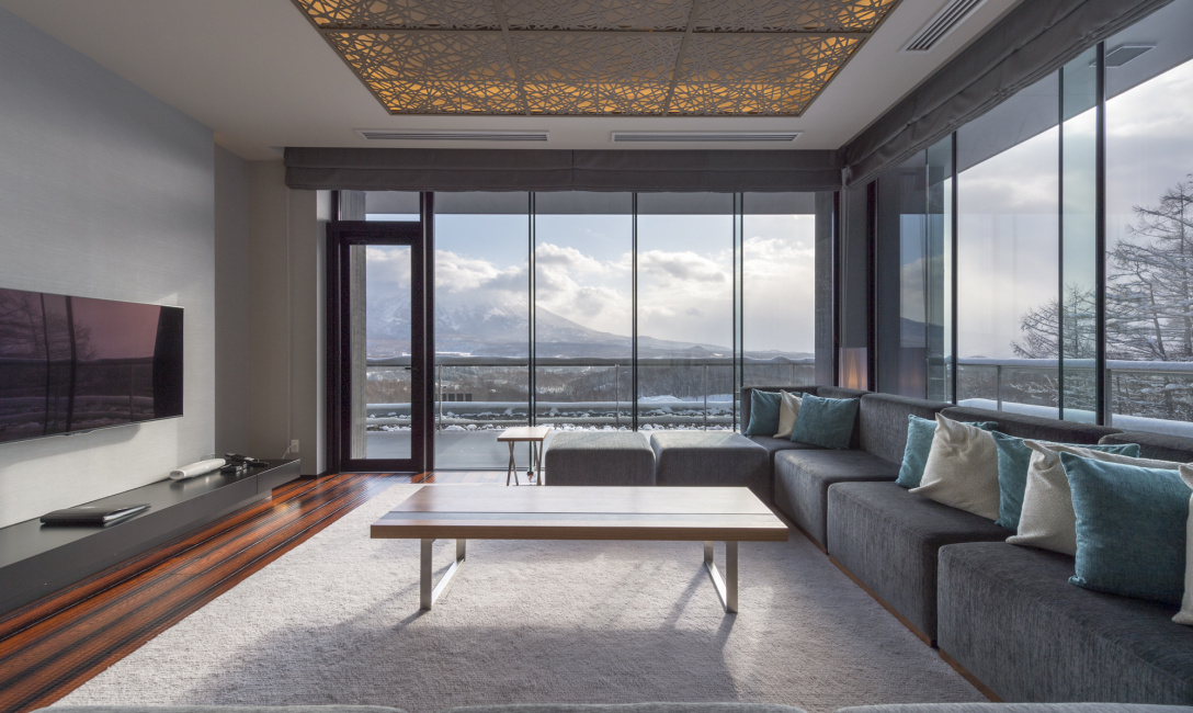 Penthouse B 5